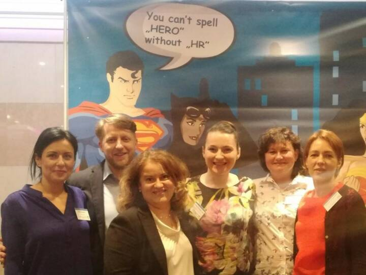 VIG - You can´t spell 'hero' without HR! Six Human Resources manager of VIG enjoyed the HR conference 'Designing and Building People-centric Organizations' in Budapest. It is always inspiring for our work to get new ideas, brilliant insights into state-of-the-art HR solutions and a stronger network to HR colleagues from CEE.