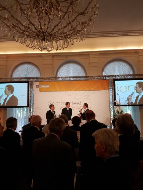 Wiener Börse - New Austrian People's Party leader Sebastian Kurz positively acknowledges the work of our new CEO Christoph Boschan von dem Bussche at the summer event of Federation of Austrian Industry  (09.06.2017)
