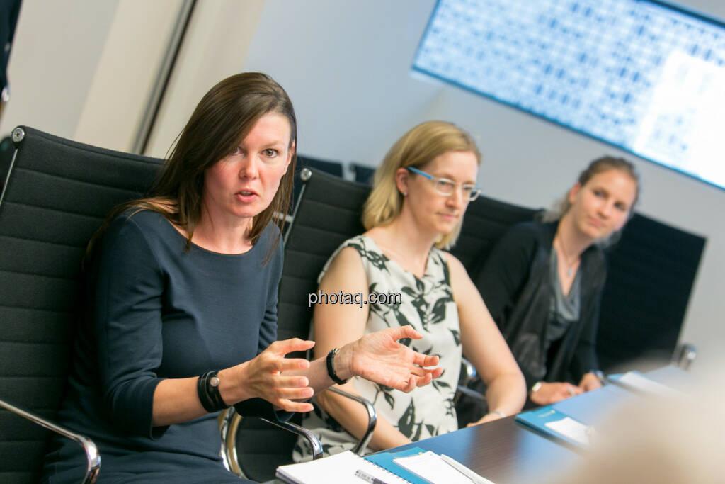 FH-Prof. Mag. Monika Kovarova-Simecek (Dozentin am Department Medien und Wirtschaft der FH St. Pölten) - Jasmin Wolf-Veigel (Studentin) - Tatjana Aubram (Studentin) - (Fotocredit: Martina Draper) (14.06.2017)