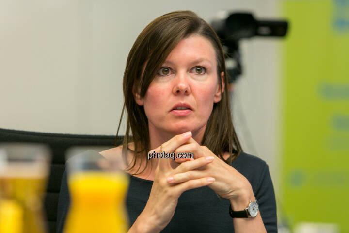 FH-Prof. Mag. Monika Kovarova-Simecek (Dozentin am Department Medien und Wirtschaft der FH St. Pölten) - (Fotocredit: Martina Draper)