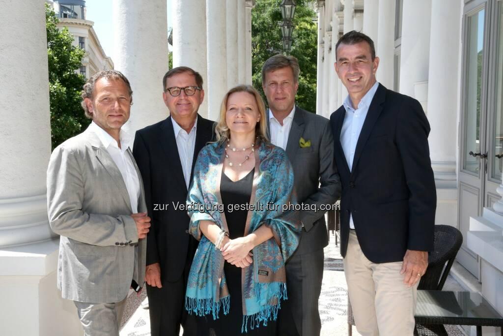 Rudolf J. Melzer (IFWK), Hans-Peter Siebenhaar (Handelsblatt), Isabella Mader (Excellence Institut), Klaus Schmid (NTT Data), Kai von Buddenbrock (Bossard), Bild: IFWK (20.06.2017)