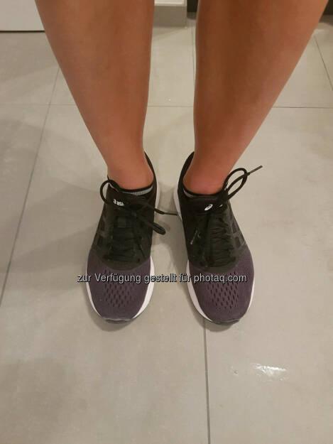 Schuhe, Asics