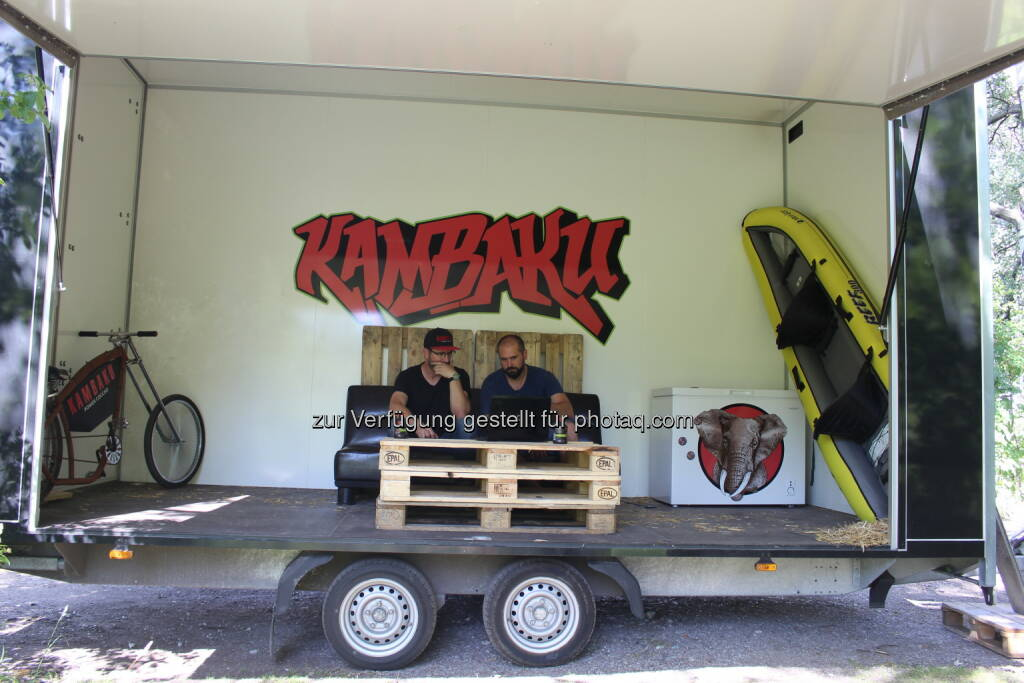 "MoWorking Space - Das Büro im Anhänger - KAMBAKU ENERGY GMBH: ""Mobile Working Space"" - Die Idee entstand im Stau (Fotocredit: www.kambaku.energy), © Aussendung (23.06.2017)"