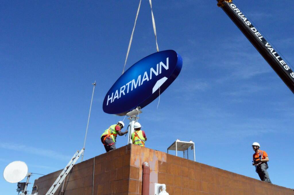 PAUL HARTMANN AG: HARTMANN GRUPPE schließt Übernahme von Lindor, der in Spanien und Portugal führenden Inkontinenzmarke von P&G, am 1. Juli 2017 ab. Bild: obs/PAUL HARTMANN AG, © www.shutterstock.com (03.07.2017)