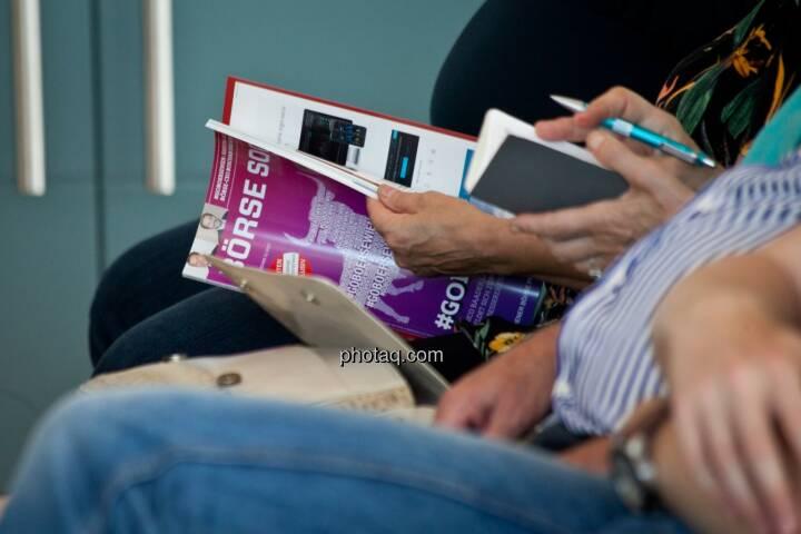 Börse Social Magazine, Notizen