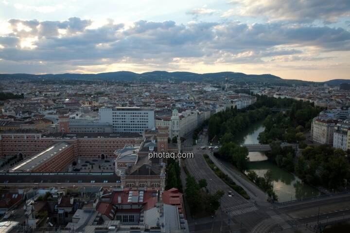 Wien, Wolken, Donaukanal, Häuser, Immobilien