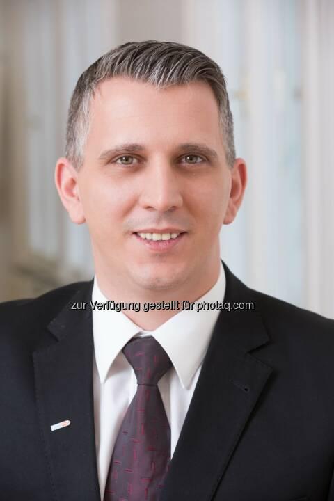 Mag. (FH) Axel Jungwirth, AKKM, Geschäftsführer der Ferdinand Porsche FernFH - Ferdinand Porsche FernFH: Mit einem Wirtschaftsinformatik-Studium zur Schlüsselkraft in Unternehmen. (Fotocredit: Stephan Huger)