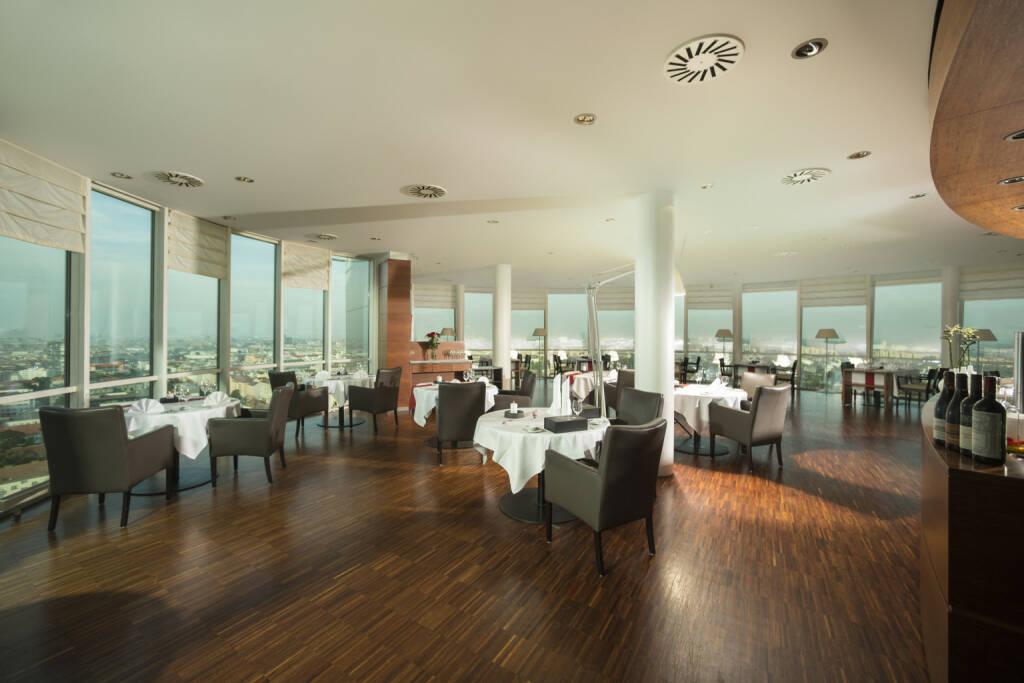 2 Hauben-Restaurant dasTURM, Wienerberg, Immofinanz, Essen, Ausblick, Foto: dasTurm, © Aussendung (21.07.2017)