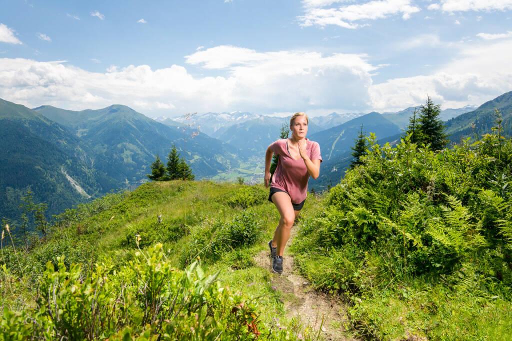 Gasteinertal Tourismus GmbH: Trailrunning in Bergen Gasteins, Laufen, Berg, Bild: MANUEL MARKTL/mine creative/Gasteinertal Tourismus, © Aussendung (01.09.2017)