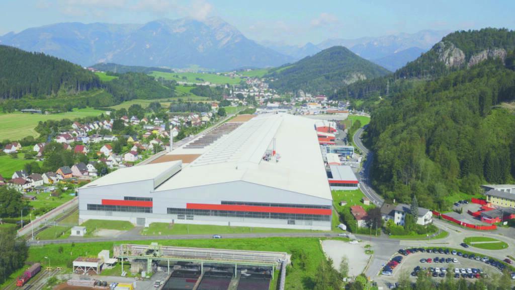 Mit der offiziellen Eröffnung des neuen High-Tech-Drahtwalzwerkes am Sitz der Metal Engineering Division in Leoben/Donawitz (Österreich) baut die voestalpine ihre international führende Position im Bereich Qualitätsdraht weiter aus. Foto: voestalpine (26.09.2017)