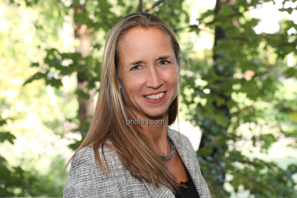 Martina Beran - 4-your-biz Impact-Investing Konferenz (Fotocredit: Katharina Schiffl for photaq.com) (29.09.2017)