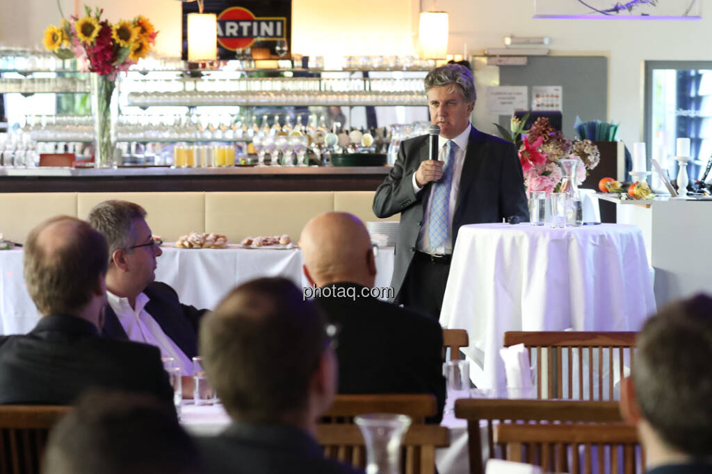 Kerrin Tansley (Gründungspartner, JAR Capital) - 4-your-biz Impact-Investing Konferenz (Fotocredit: Katharina Schiffl for photaq.com) (29.09.2017)