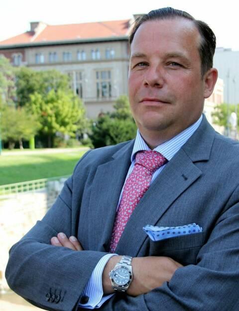 Peter Fischer neuer Senior Advisor für Real Estate Advisory Deals & Transaction Services bei PwC Österreich; Foto: PwC, © Aussendung (02.10.2017)