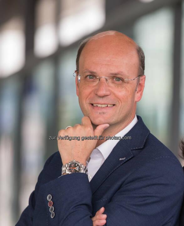 Hubert Loschek, Geschäftsführender Gesellschafter - RS Regionale Shops E-Commerce GmbH: Online einkaufen in Regionen: www.regionale-shops.at (Fotograf: Harald Steiner / Fotocredit: RS Regionale Shops)