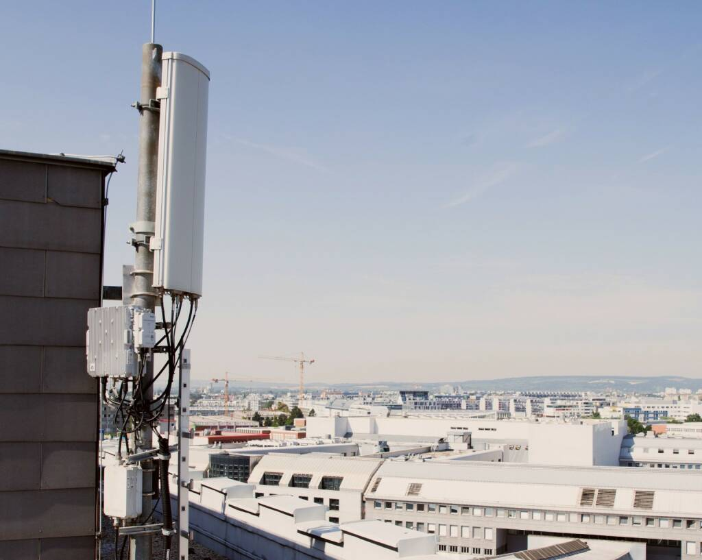 """Ab sofort steht eine neue FMK-APP zum Thema """"Arbeiten in der Nähe von Mobilfunkanlagen"""" zum Download bereit, Sender, Signal, Antenne, Fotocredit: FMK/Wurzinger (18.10.2017)"""