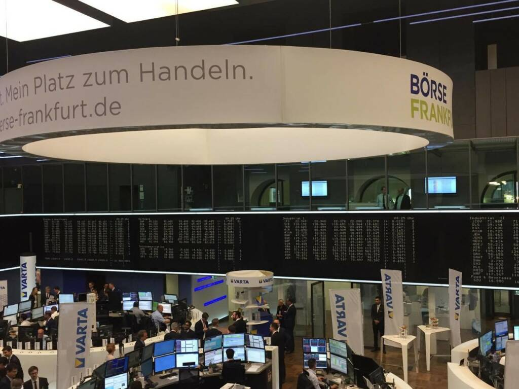 Varta, IPO, Deutsche Börse, Frankfurter Börse, Händler, © Viola Grebe (19.10.2017)