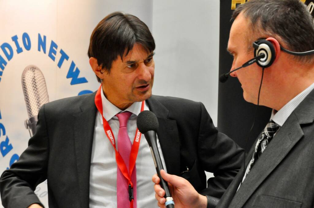 Peter Brezinschek (Head of Raiffeisen Bank International Group Research), Peter Heinrich (boersenradio.at)