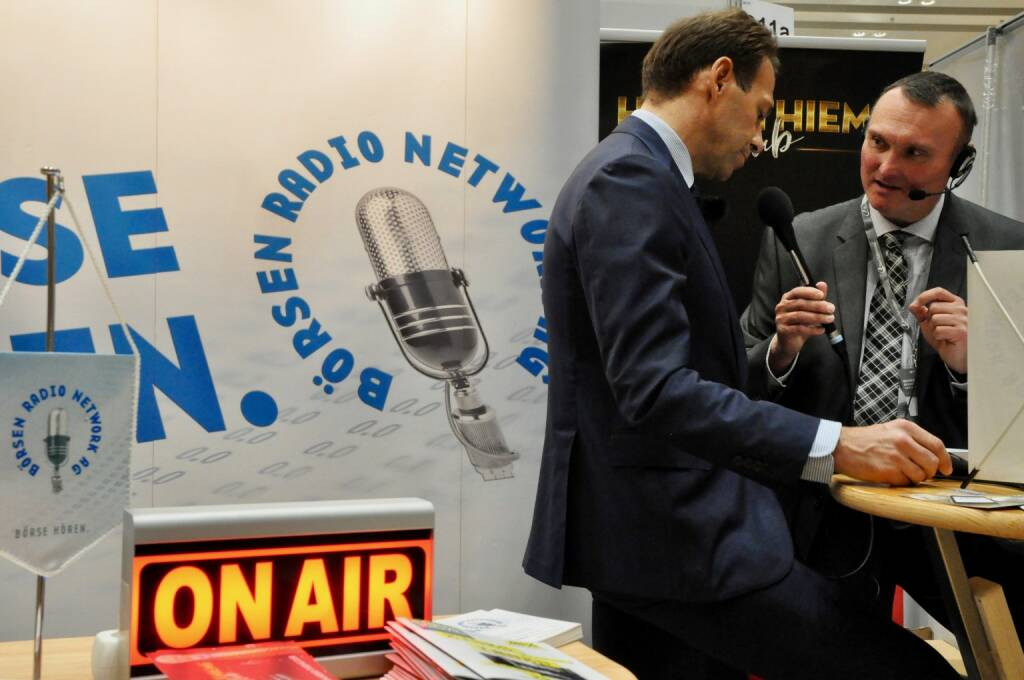 Andreas Brandstetter (CEO Uniqa), Peter Heinrich (boersenradio.at), On Air