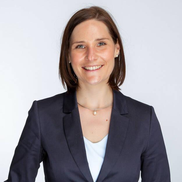 Daniela Höfler, Senior Sourcing Partner bei epunkt, erreicht beim Active Sourcing Award in Köln den 2. Platz in der Kategorie Personaldienstleister. Damit steigt sie nun offiziell in den Rang der besten Active Sourcer im deutschsprachigen Raum ein. Foto: epunkt, © Aussendung (30.10.2017)