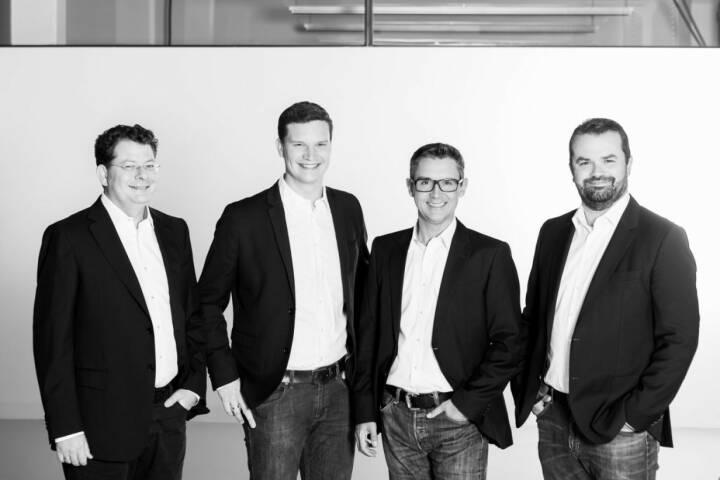 Florian Wurz, Experte für Growth-Hacking, Digital Marketing und Data Analytics ist neu bei den Growth Ninjas. Im Bild: Johannes Eichmeyer, Forian Wurz, Stefan Kainz, Stefan Greunz; Credit: Martina Draper