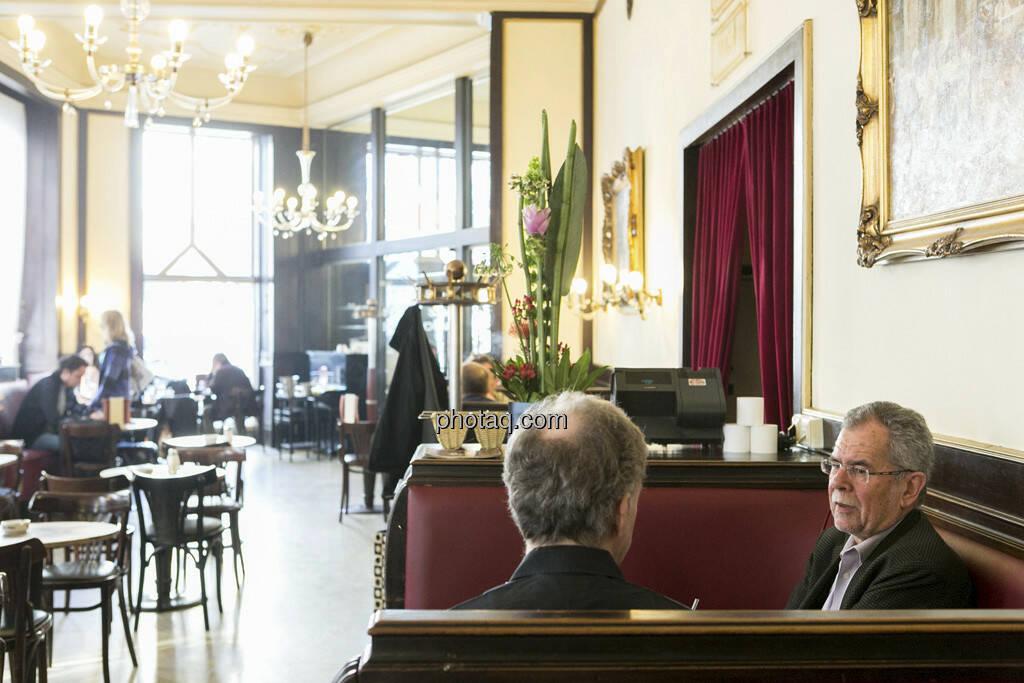 Alexander van der Bellen, Christian Drastil, Cafe Ritter, © finanzmarktfoto.at/Martina Draper (29.05.2013)