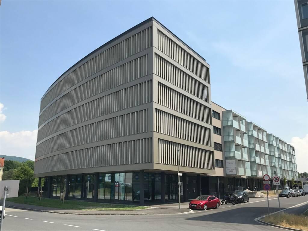 Die zur EHL-Gruppe zählende EHL Investment Consulting hat eine Büroimmobilie in Linz-Urfahr im Rahmen einer Off-Market Transaktion an eine deutsche Privatstiftung vermittelt. Verkäufer des Objekts ist die oberösterreichische RWH Immobilien GmbH. Fotocredit: EHL (07.11.2017)