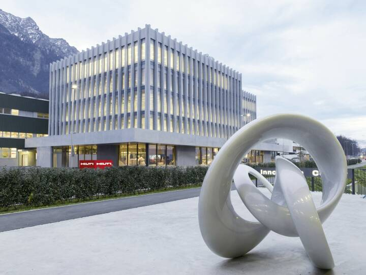 Fabrik des Jahres: Hilti in Vorarlberg (Bild) und General Electric in Tirol mit europäischem Industriepreis ausgezeichnet; Copyright: Hilti