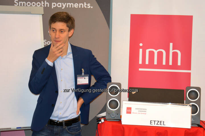 Jakob Etzel von der Mantigma GmbH über das Potential von Machine-Learning - imh Gmbh: Kredit vom Roboter oder doch vom sympathischen Bankberater? (Fotocredit: imh GmbH)