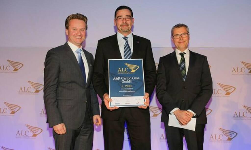 Im Vergleich mit den besten Unternehmen der Steiermark erreichte die A&R Carton Graz GmbH beim diesjährigen Austria's Leading Companies Wettbewerb den zweiten Platz. Für die A&R Carton Graz übernahm Geschäftsführer Ing. Peter Szabó die Auszeichnung; Bild: A&R Carton Graz GmbH, © Aussendung (22.11.2017)