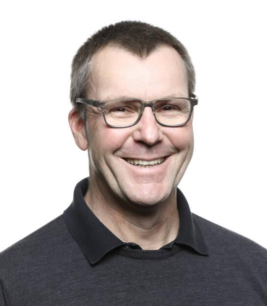 """Robert Sperl, bisher Editorial Director von """"The Red Bulletin"""", ist ab sofort Chefredakteur des Natur- und Wissensmagazins """"Terra Mater"""". Sperl ist seit über 10 Jahren im Red Bull Media House und war in führender Rolle am Aufbau des internationalen Magazins """"The Red Bulletin"""" beteiligt; er hat in der Vergangenheit aber auch an der Entwicklung von """"Servus in Stadt & Land"""" und """"Terra Mater"""" mitgewirkt. Bildquelle: RED BULL MEDIA HOUSE GMBH, © Aussendung (23.11.2017)"""