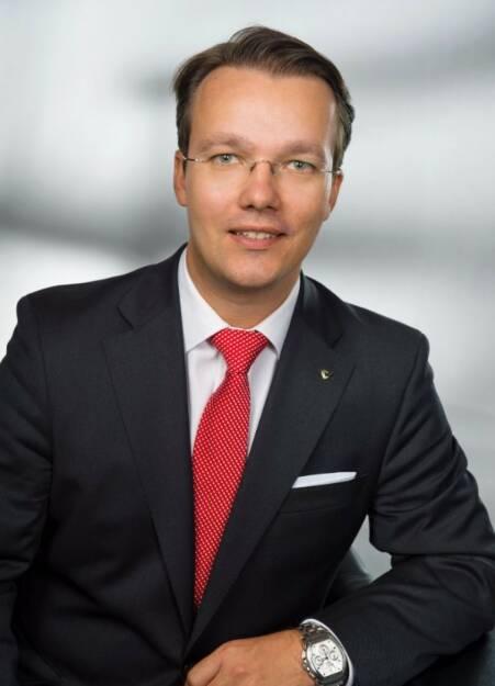 Berthold Baurek-Karlic, Vorstand der Austrian Private Equity and Venture Capital Organisation (AVCO) freut sich über die Initiative von WK Wien und Wiener Börse zur Belebung des Wiener Kapitalmarkts und die Öffnung des Dritten Markts für heimische Unternehmen: Ein funktionierender Exit-Markt, insbesondere über die Börse, wäre ein Gewinn für Österreichs Private Equity Szene. Diese Forderung darf keine Idee bleiben und ist ein Appell an die neue Regierung: Bitte setzen Sie diese Öffnung umgehend um! Eine Öffnung dieser Art in Verbindung mit Erleichterungen im Bezug auf das Berichtswesen und Prospektgestaltung würde den Wiener Markt für unsere nationalen Mitglieder beflügeln - von Venture Capital, Buy-Out, bis zum Eigenkapital bei Restrukturierungen - aber auch international sehr gut angenommen werden. © Foto Wilke, © Aussender (06.12.2017)