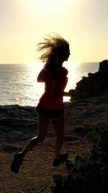Doris Kindl - Nominierung - mein Sportschnappschuss 2017 ! ... ein wunderschöner Sunset - Run an der Küste (Ibiza)  (25.12.2017)