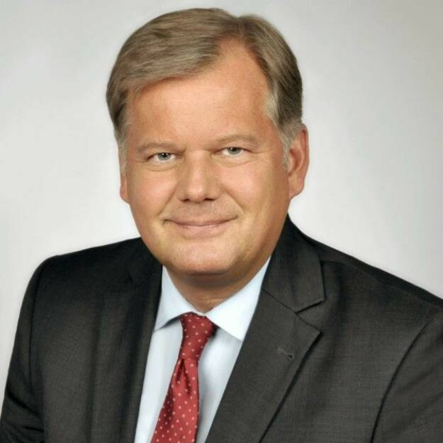 """Die Wirtschaftskanzlei CMS startet mit neun neu ernannten Partnerinnen und Partnern aus sechs Geschäftsbereichen ins Jahr 2018. """"Der Bedarf an hochqualitativer, innovativer und praxisorientierter Rechtsberatung steigt in einem immer komplexer werdenden Marktumfeld stetig an"""", sagt Hubertus Kolster, Managing Partner bei CMS; Zu den CMS-Mandanten gehören etliche der in den Listen Fortune 500 und FT European 500 vertretenen Unternehmen sowie die Mehrheit der DAX-30-Unternehmen. Bild: CMS , © Aussendung (04.01.2018)"""