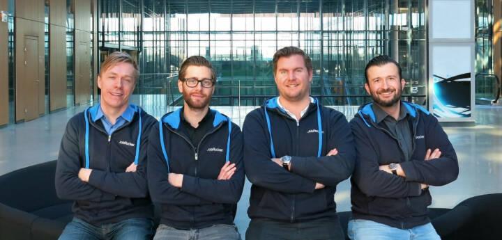 Im Zuge einer Erweiterung der Series A Finanzierung sichert sich der Leadinvestor Surplus Invest aus München weitere Anteile an JobRocker. JobRocker ist der erste digitale Headhunter, der eine revolutionären Matching-Technologie mit Top-Fachberatern vereint. Klaus Furtmüller (CTO), Martin Pauer (CDO), Günther Strenn (CEO), Gregor Weihs (COO), Bild: JobRocker