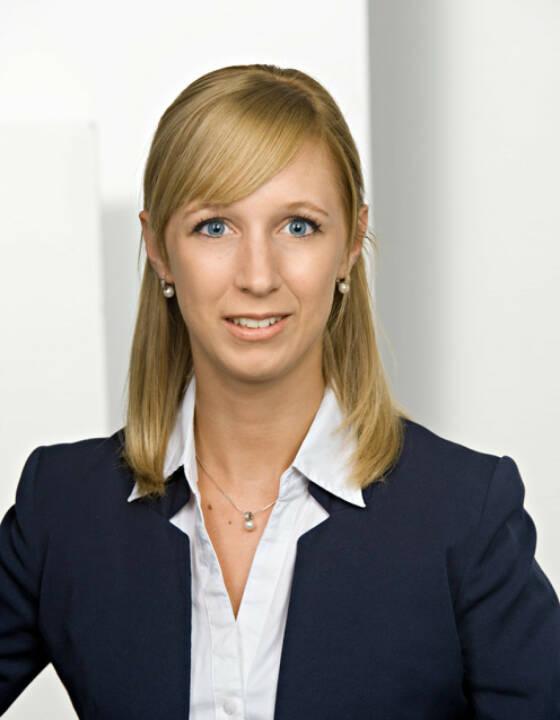 Petra Kernecker leitet den Bereich RisikoControlling der D.A.S. Rechtsschutz AG; Fotocredit: Foto Wilke