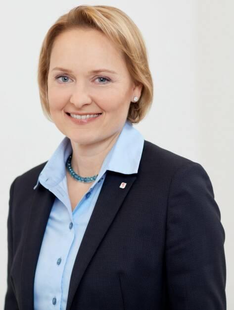 Liane Hirner wird neues Vorstandsmitglied der Vienna Insurance Group (VIG). Ab 1. Juli 2018 wird sie die Funktion des Finanzvorstandes übernehmen. Bild: VIG, © Aussendung (01.02.2018)