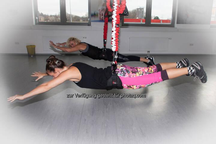 Mal selbst einen auf Mission Impossible machen. Bungee-Training verbessert Timing, Reaktivkraft und Bewegungsrefelxe.