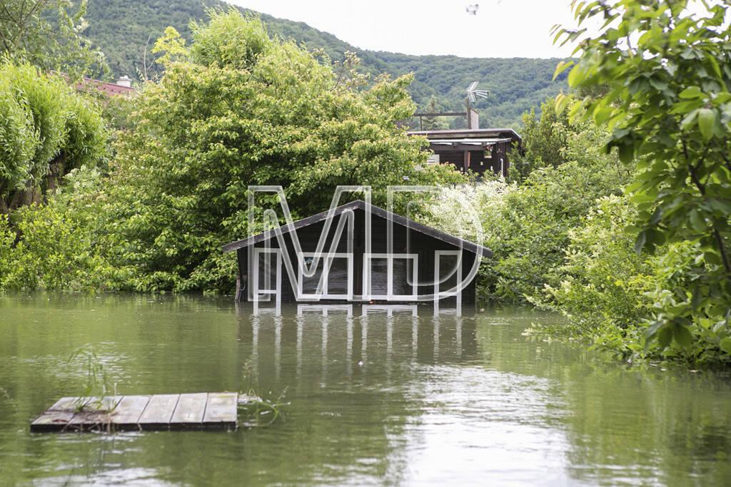 Hochwasser, Altenberg, Gartenhaus, © Martina Draper (03.06.2013)