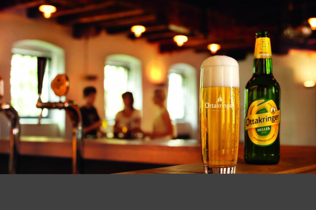 Ottakringer, Flasche, Bier, Lokal, Schank, Glas, Bild: Ottakringer, © Aussendung (08.03.2018)