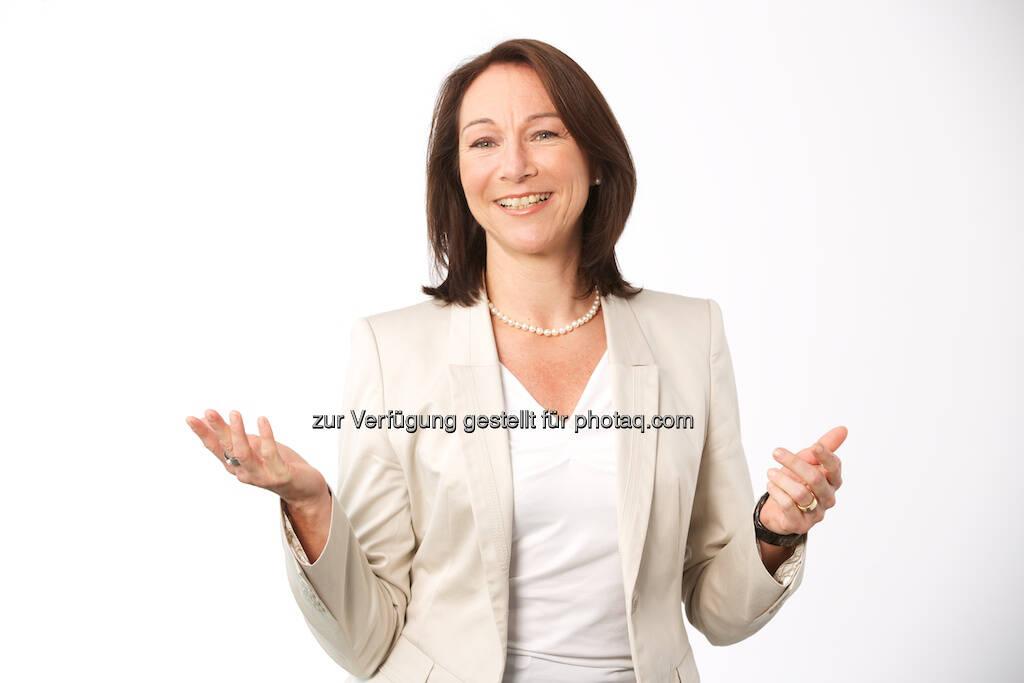 Immofinanz: Andrea Sperling-Koch steht seit 1. Mai 2013 dem Bereich Finance & Accounting vor und verantwortet die Rechnungslegung sowie die Konsolidierung. Details entnehmen Sie bitte der Presseinformation im Anhang (c) Immofinanz (04.06.2013)