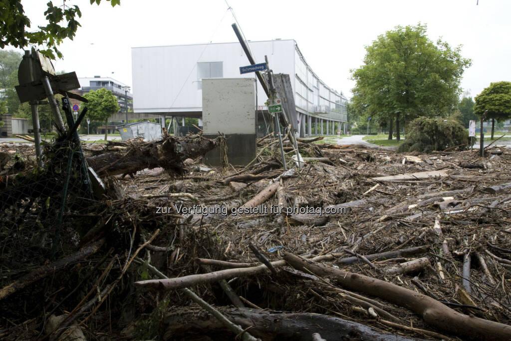 Aufräumarbeiten in Schärding; Hochwasser, © (© Dieter Wagenbichler) (04.06.2013)
