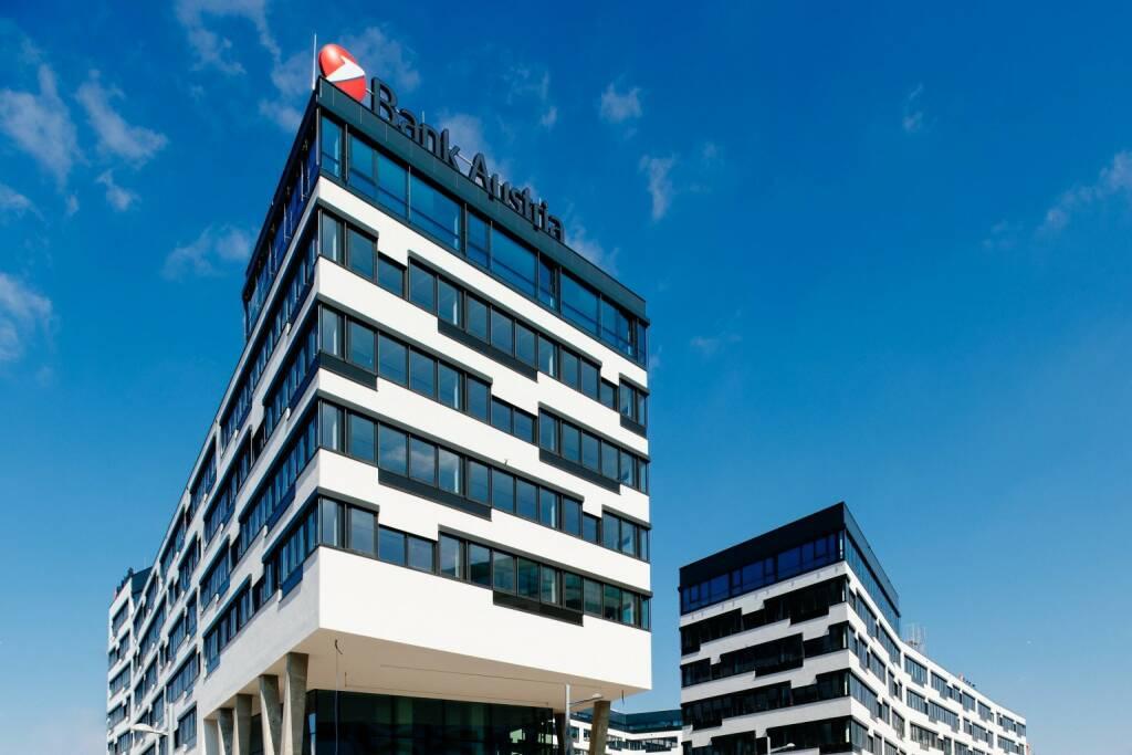 Der Umzug der Unicredit Bank Austria in die neue Unternehmenszentrale am Austria Campus hat begonnen, das neue Headquarter ist Standort für die UniCredit Bank Austria, die in Wien ansässigen UniCredit CEE-Einheiten und alle UniCredit Konzerngesellschaften in Wien, insgesamt 5.300 Mitarbeiterinnen und Mitarbeiter übersiedeln in den Austria Campus; Bild: Unicredit (22.03.2018)