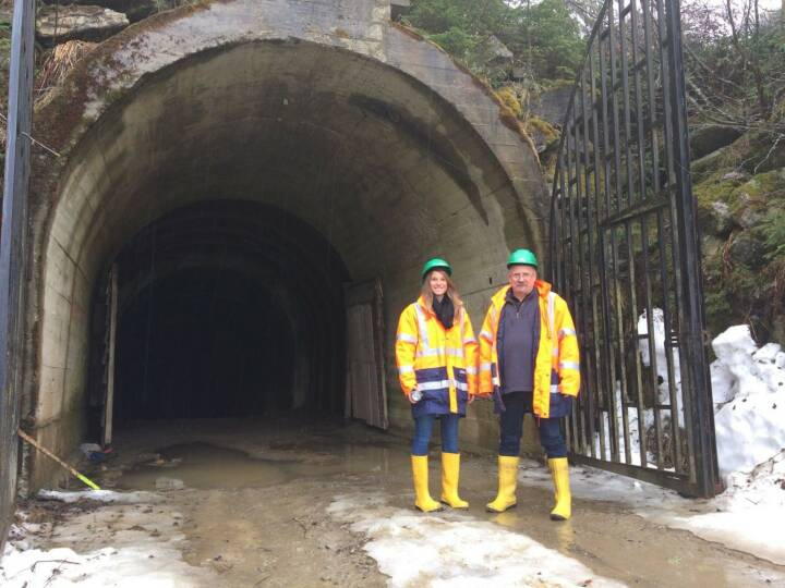 European Lithium: Katharina Loeckinger (DGWA CORPORATE COMMUNICATIONS) & Dietrich Wanke (EUR AUSTRIA DIRECTOR) /at the Wolfsberg Mine.