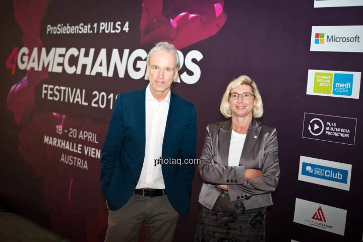 Christian Drastil (BSN), Elisabeth Stadler (VIG) am 4gamechangers Festival