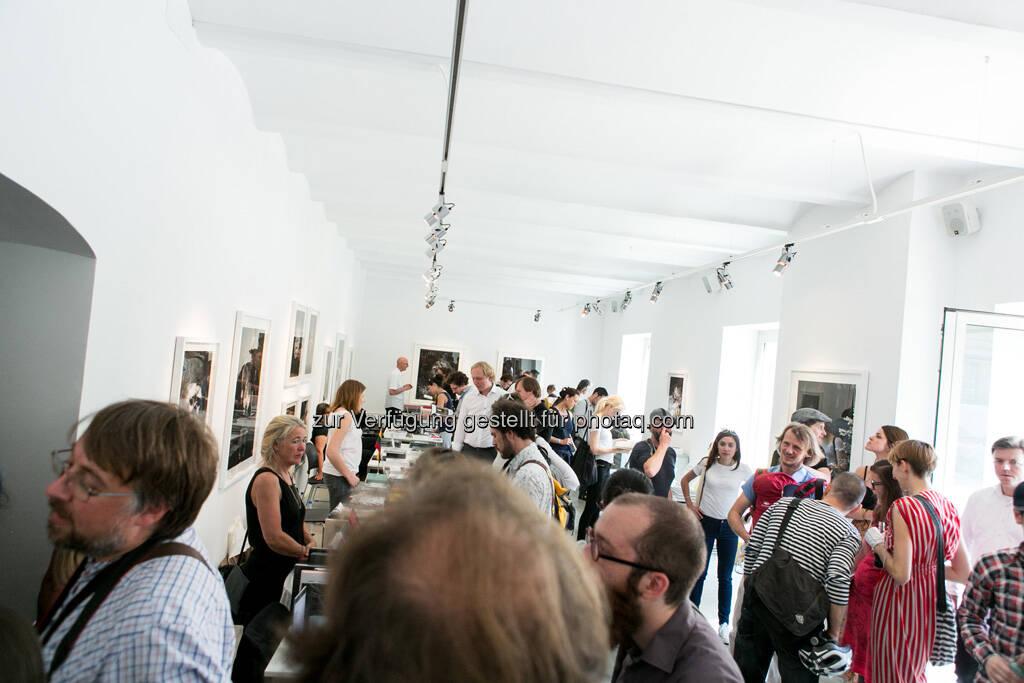 Anzenberger Gallery auf dem Vienna Photo Book Festival, © Martina Draper (09.06.2013)