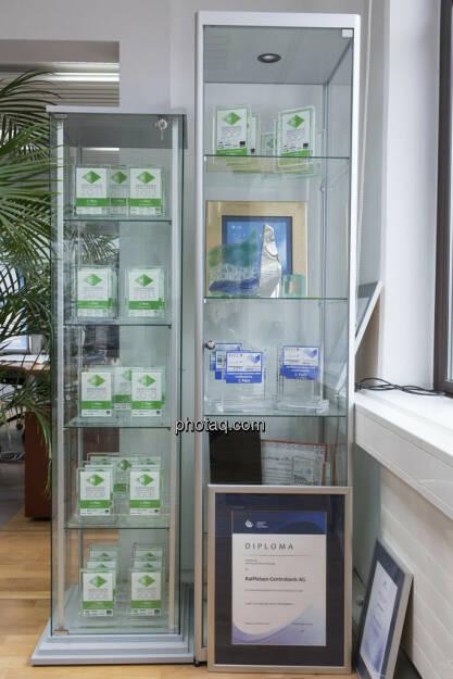 RCB Zertifikate Awards Sammlung, © Martina Draper (15.12.2012)