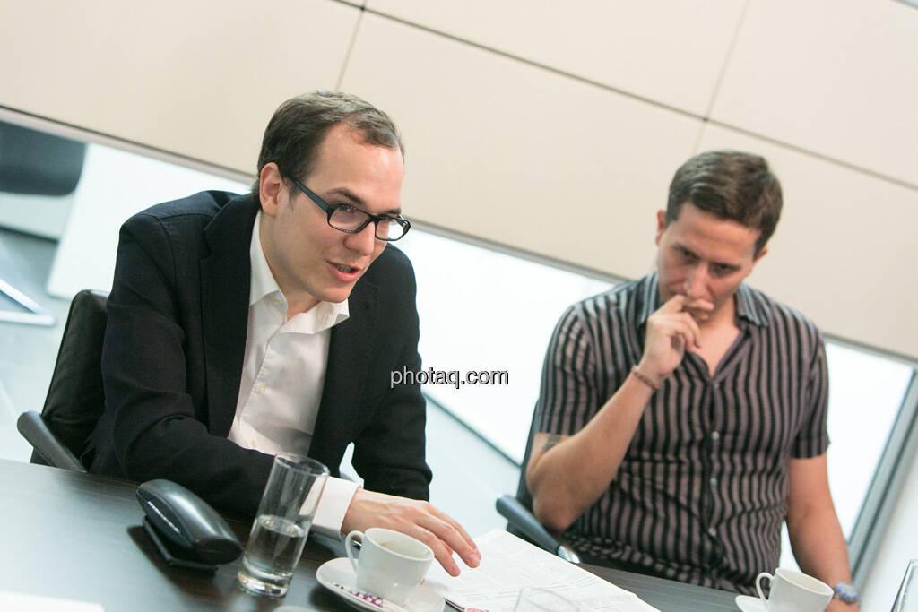 Nikolaus Jilch (Die Presse), Robert Zikmund (FM4), © finanzmarktfoto.at/Martina Draper (19.06.2013)