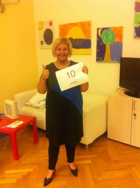 Martina Malyar (SPÖ) feiert heute 10 Jahre Bezirksvorsteherin in 1090 Wien. Aus 1090 wird auch finanzmarktfoto.at produziert, wir wünschen herzlichst alles Gute! (26.06.2013)