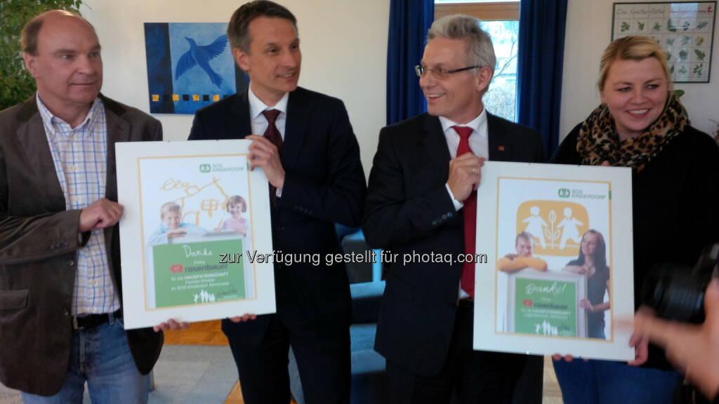 Rosenbauer übernimmt Patenschaft von SOS-Kinderdorf (c) Rosenbauer (04.07.2013)
