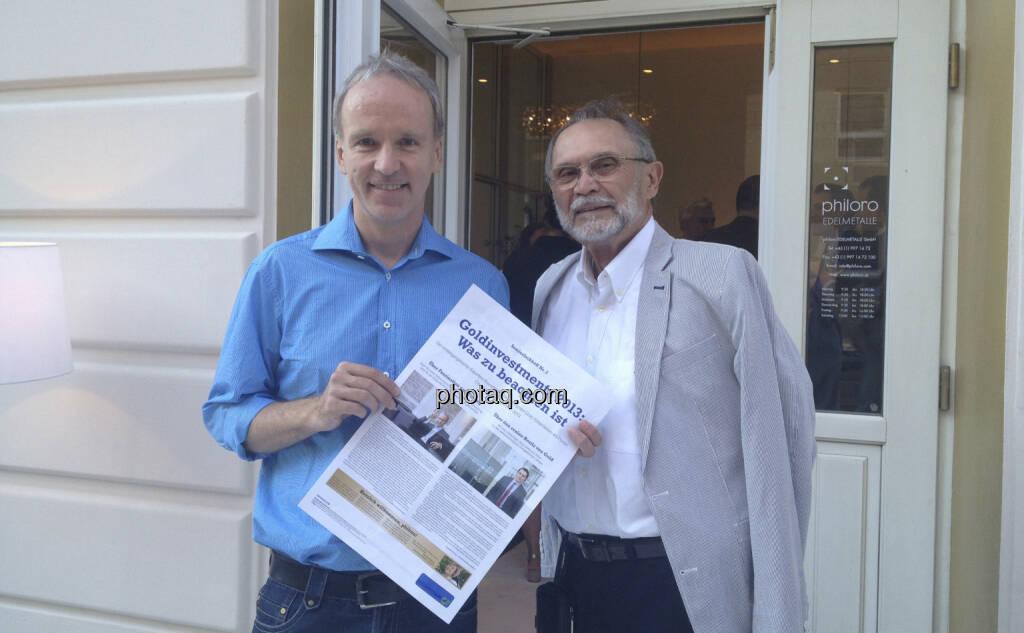 ... im Talk mit Prof. Schönauer, mein Ex-Deutschlehrer und Kurzzeitklassenvorstand in den 80ern. Den Rotstift für http://www.christian-drastil.com/sonderfachheft2 hatte er nicht dabei ... (05.07.2013)